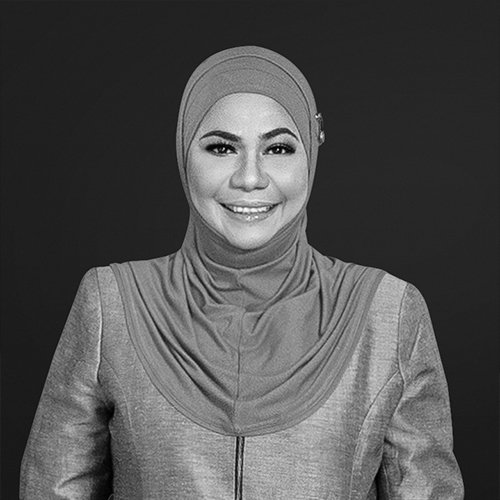 DATO' FARSHILA EMRAN,   Managing Director, Pharmaniaga Berhad